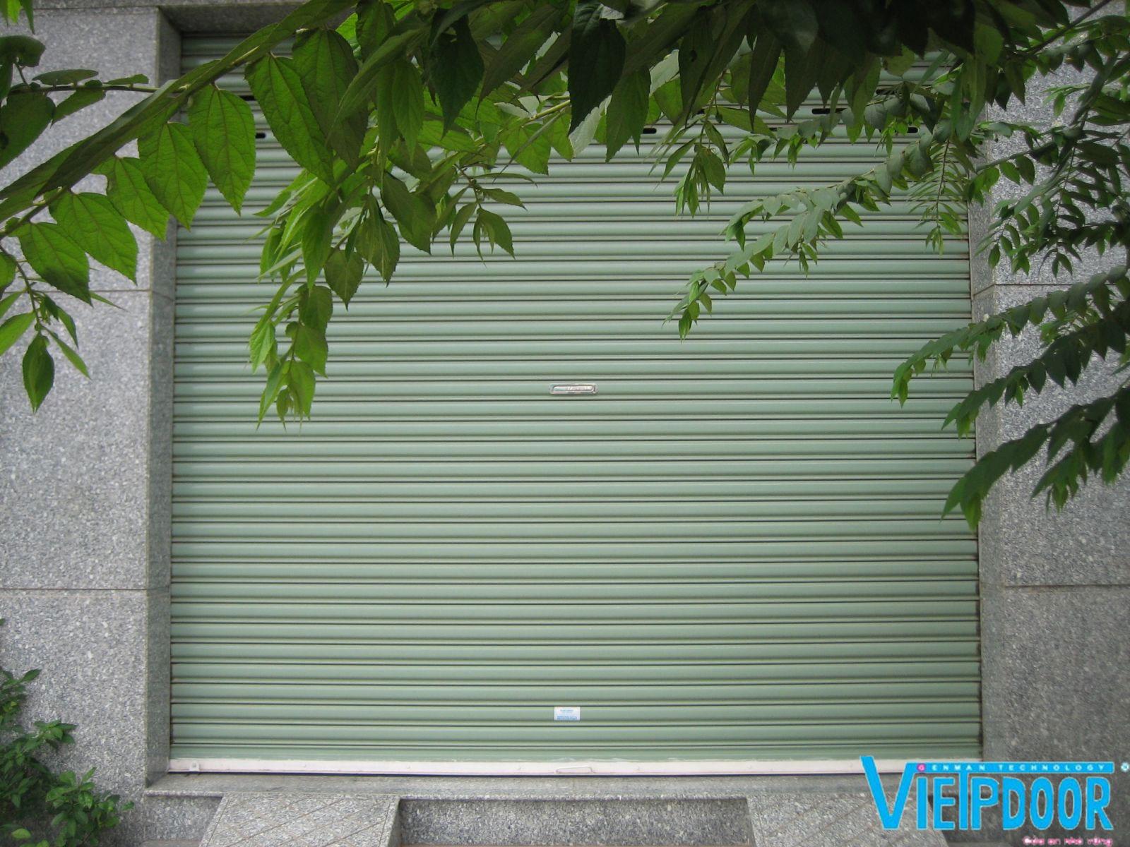 Lắp đặt cửa cuốn quận Tân Bình