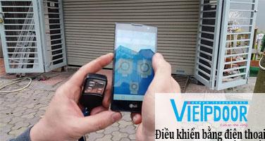 Điều khiển cửa cuốn bằng điện thoại di động
